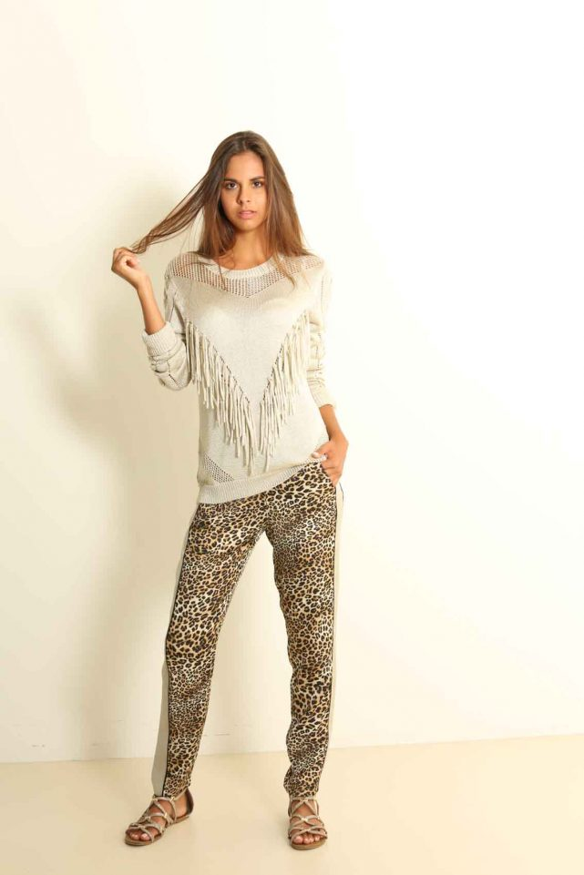 Pantalon estampado jaguar sensse almeria